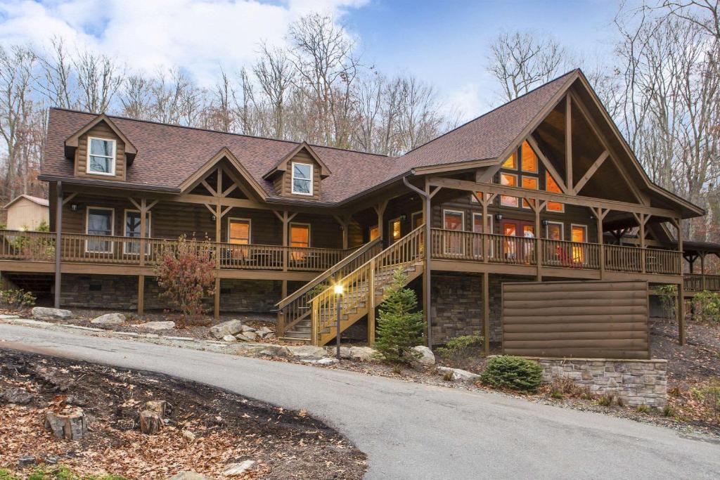 Bluegreen Vacations Blue Ridge Village, an Ascend Resort
