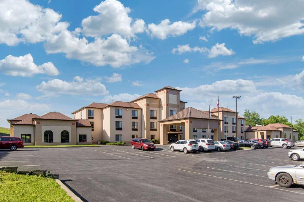 Comfort Inn & Suites Milford/Cooperstown