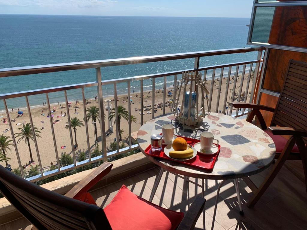 Apartamento Con Vistas Al Mar Primera Linea De Playa Del Postiguet Alicante Preços Atualizados 2021