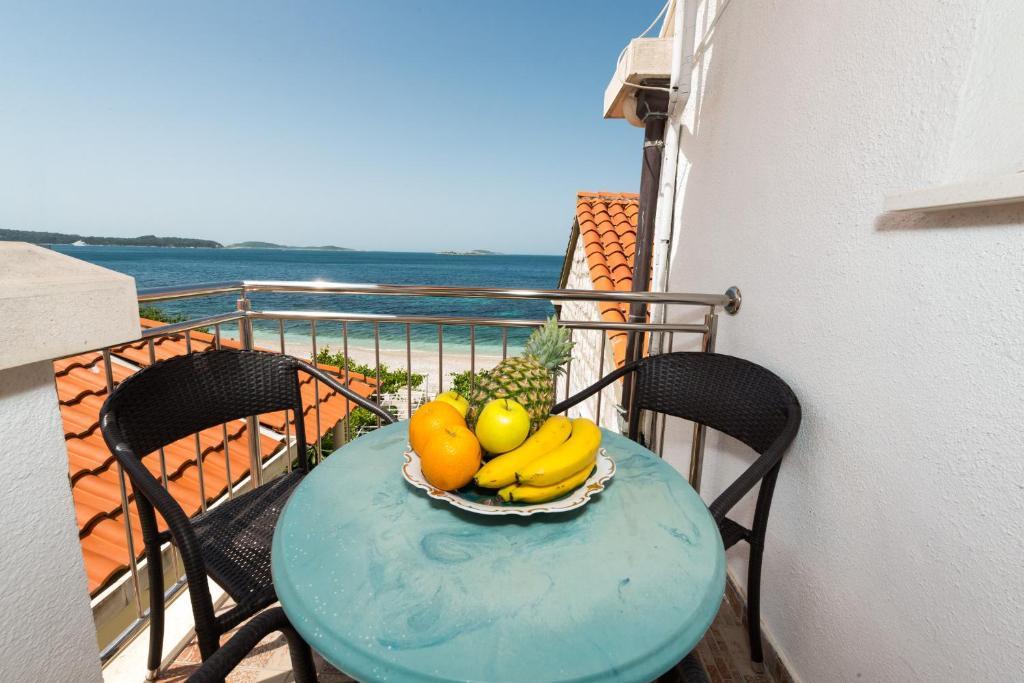 A balcony or terrace at Beach House Poseydon