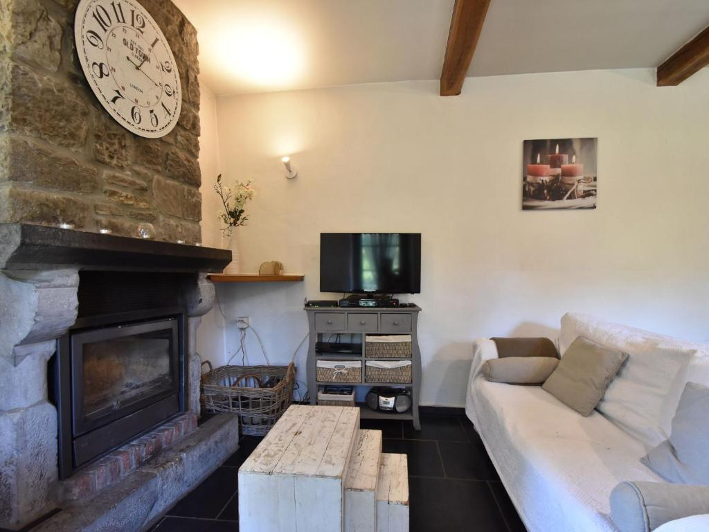 Peaceful Cottage In Les Avins With Jacuzzi