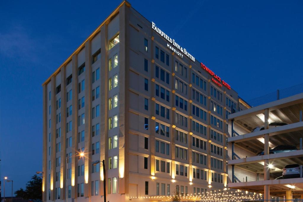 Fairfield Inn & Suites by Marriott Dallas Downtown.