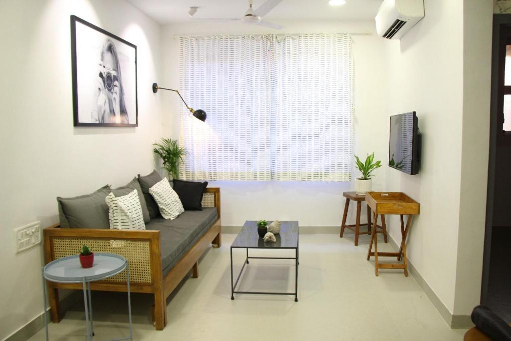 Brilliant 1bhk Apartment In Pali Mumbai India Booking Com