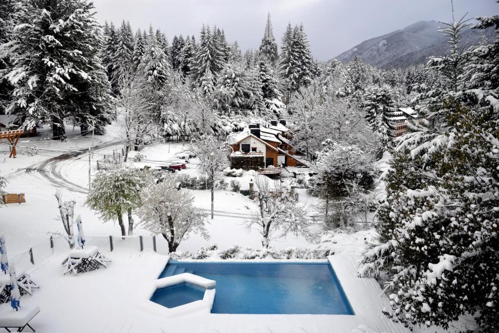 Hostería Verde Morada during the winter