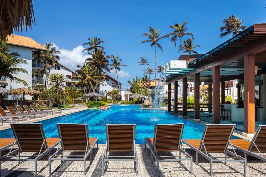 The swimming pool at or close to Apartamento no Taiba Beach Resort