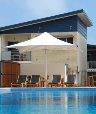 Broadwater Mariner Resort - Laterooms