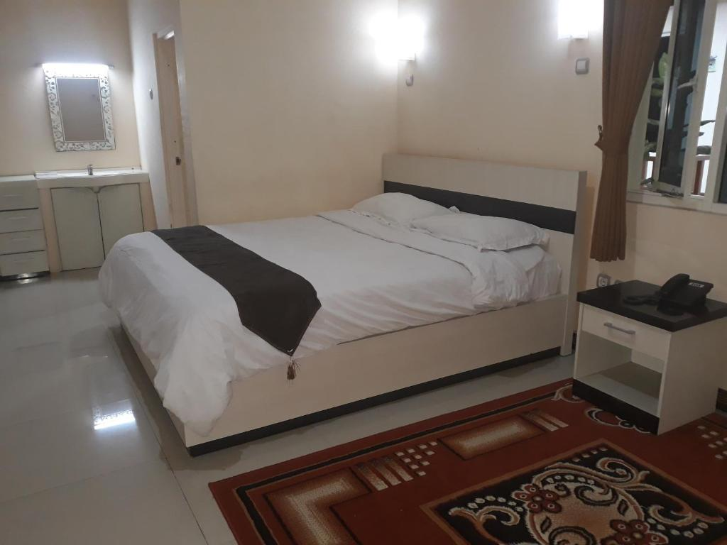 Dia2 Guest House Malang Indonesia Booking Com