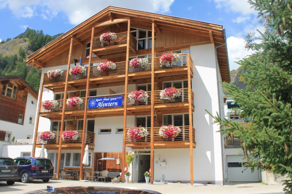 Apart Hotel Garni Alvetern Samnaun, Switzerland