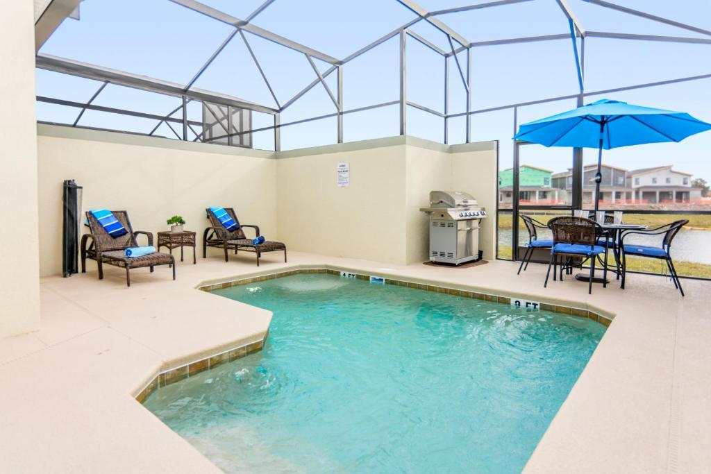 The swimming pool at or close to Dream Vacation Home Close to Disney SL4839