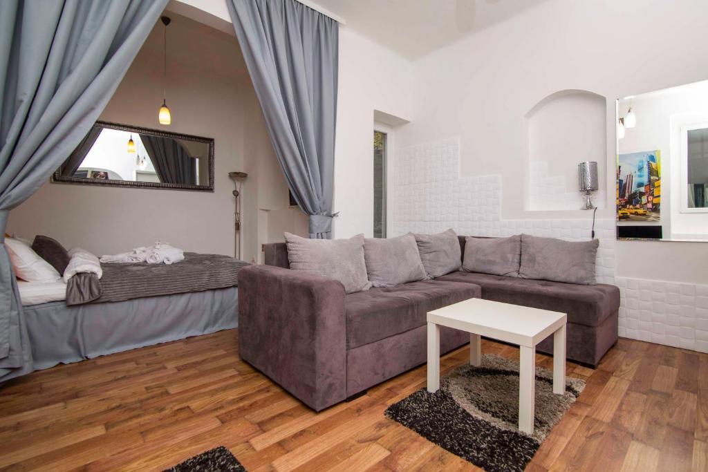 Zona de estar de Family Apartman Belgrade