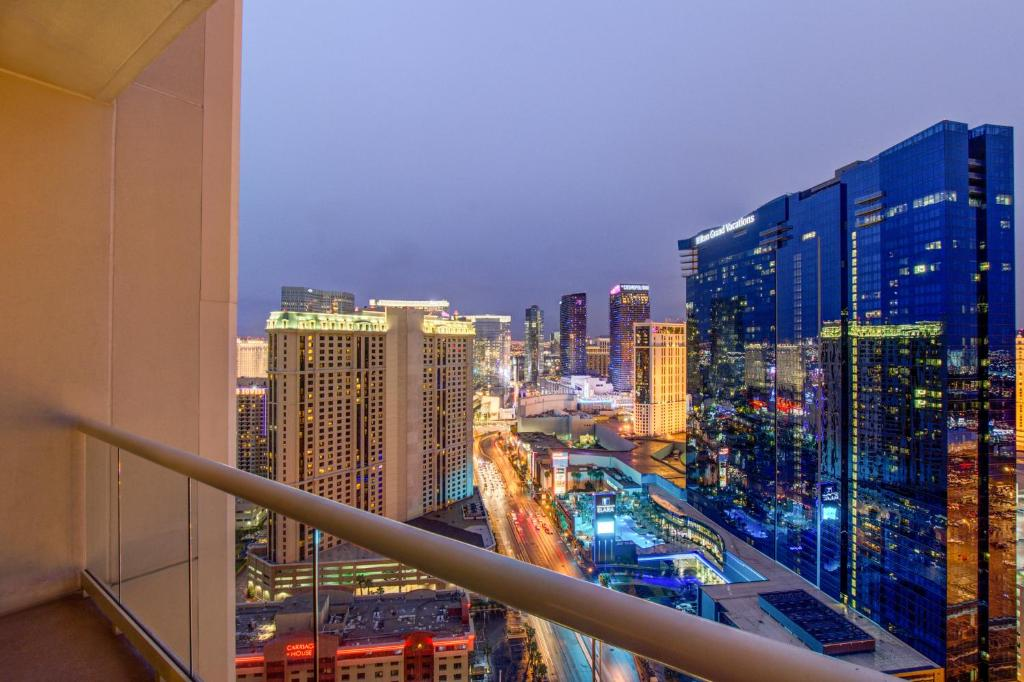 Penthouse Suite With Strip View At The Signature At Mgm Grand Las Vegas Aktualisierte Preise Fur 2021