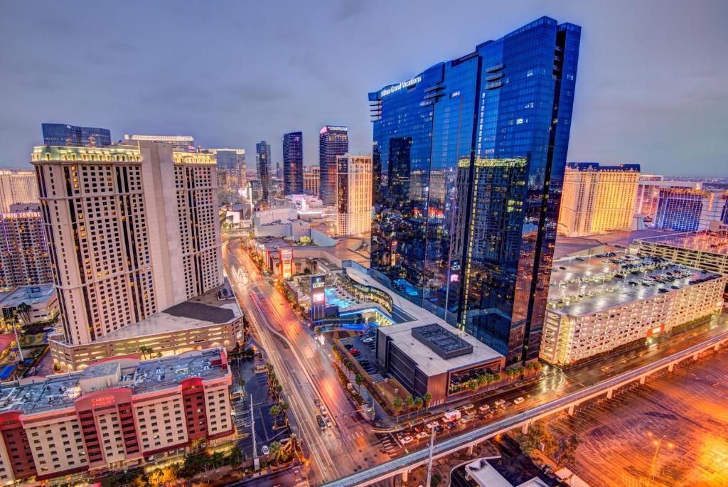 Condo Hotel Penthouse Suite At The Signature Las Vegas Nv Booking Com