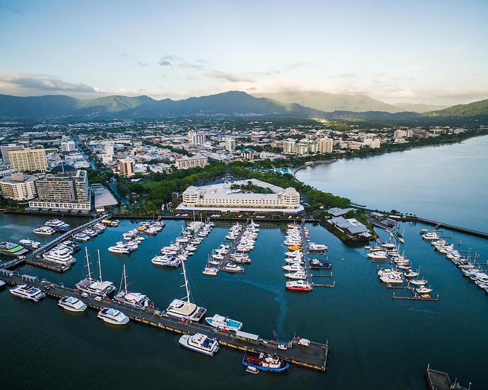 A bird's-eye view of Shangri-La Hotel The Marina Cairns