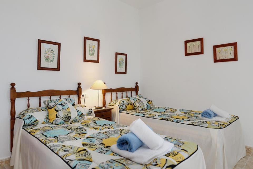 Casas de Torrat Villa Sleeps 10 Pool Air Con WiFi 4