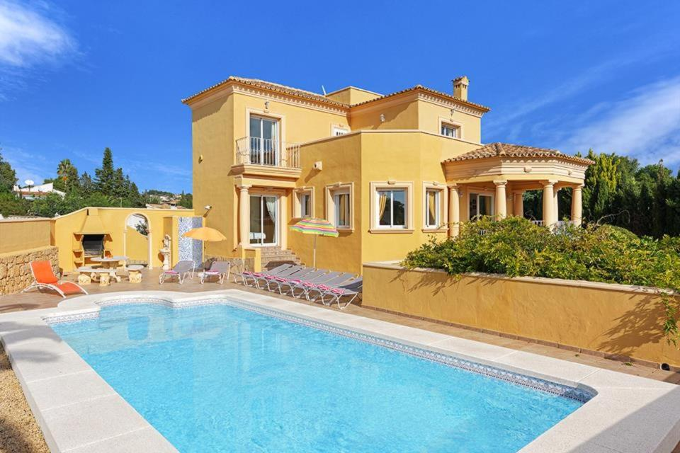 Casas de Torrat Villa Sleeps 10 Pool Air Con WiFi 1