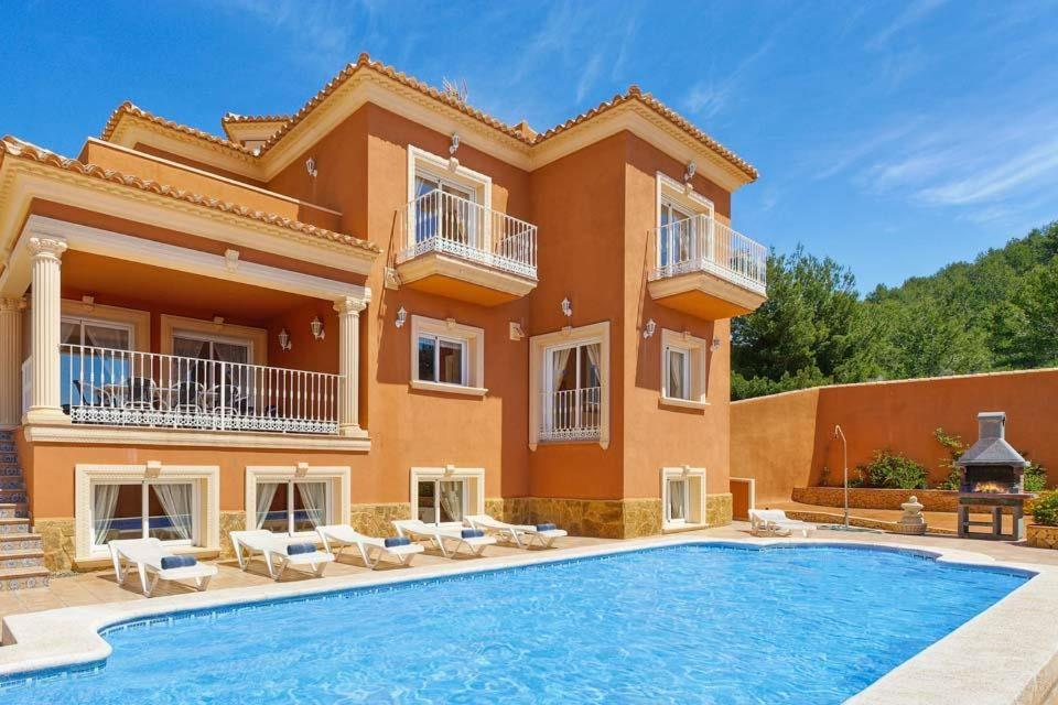 Casas de Torrat Villa Sleeps 24 Pool Air Con WiFi 9