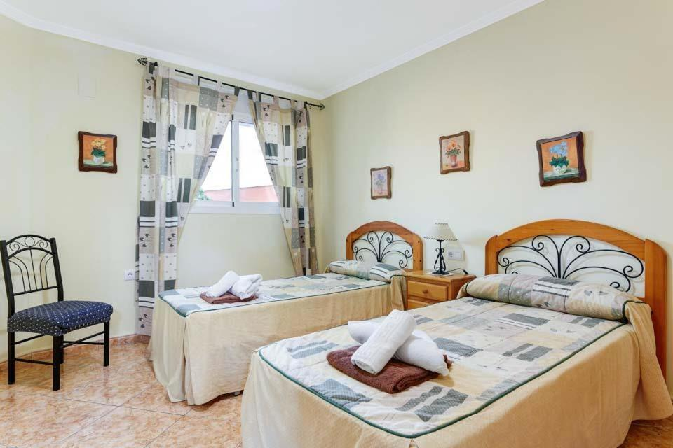 Casas de Torrat Villa Sleeps 24 Pool Air Con WiFi 11