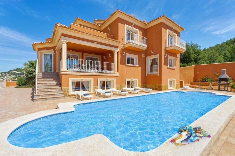 Casas de Torrat Villa Sleeps 24 Pool Air Con WiFi 1