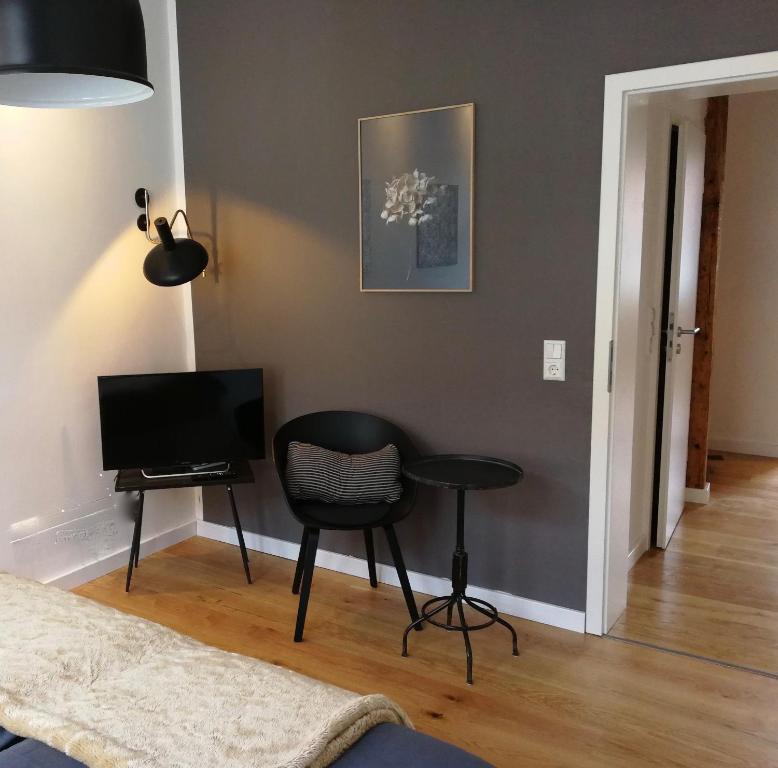 TV a/nebo společenská místnost v ubytování Leonhardts Apartment - List