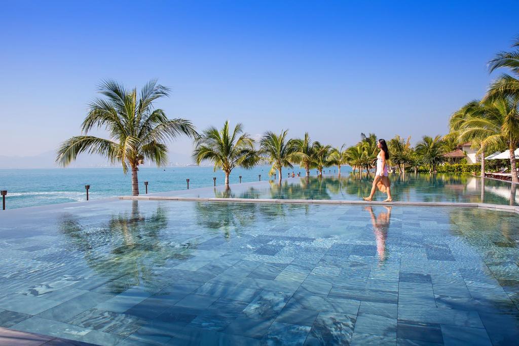 The swimming pool at or close to Amiana Resort and Villas Nha Trang