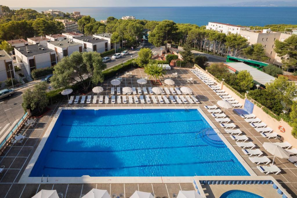 Vista de la piscina de htop Molinos Park o alrededores
