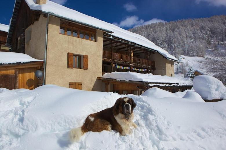 Le Chalet Viso during the winter