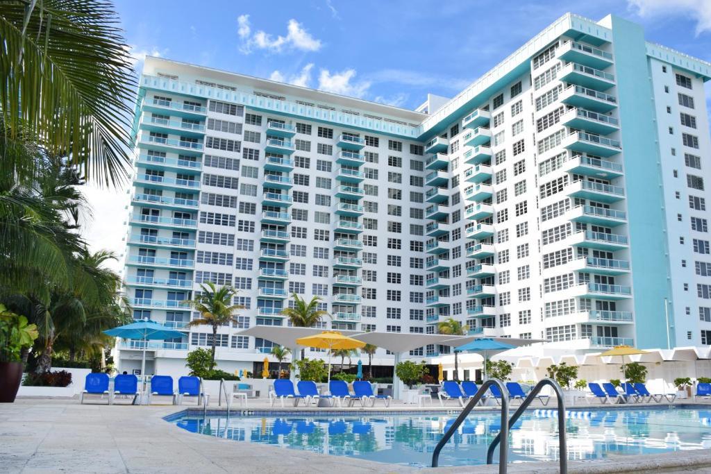 Seacoast Suites on Miami Beach
