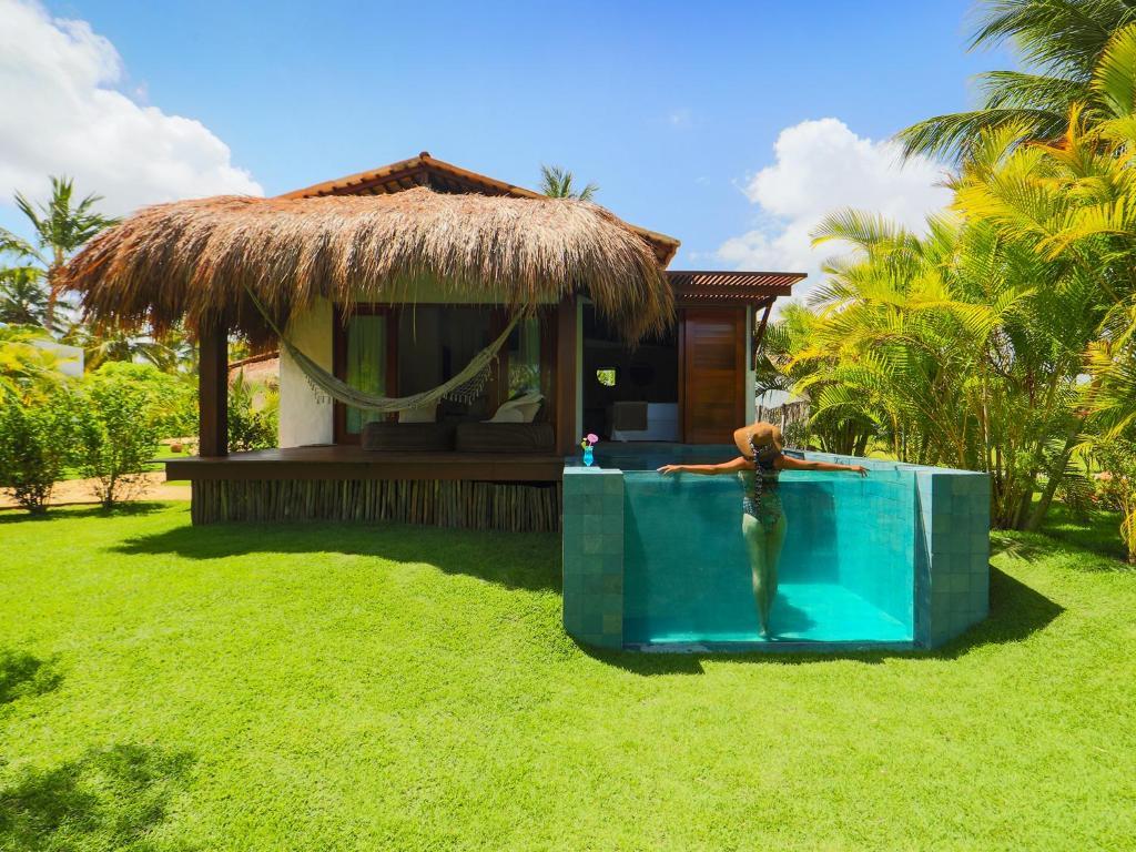 A piscina localizada em Pousada Reserva do Patacho ou nos arredores