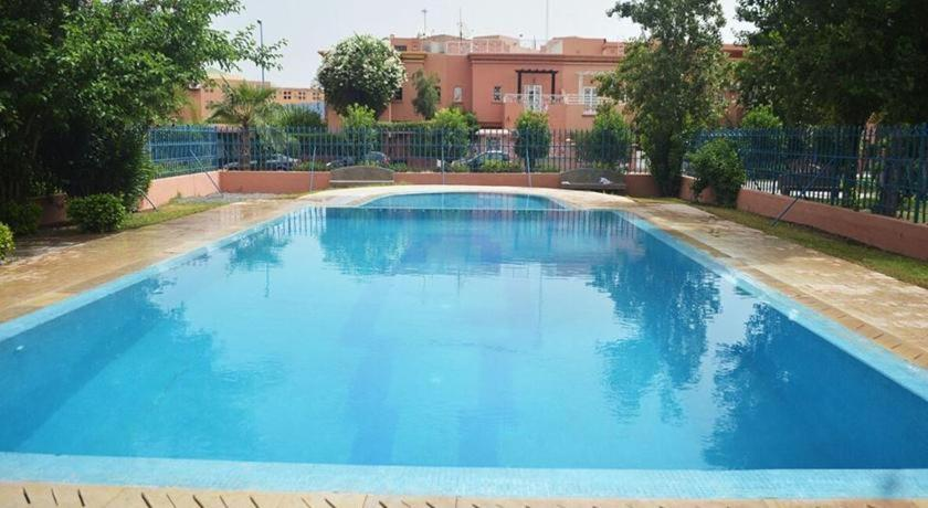 The swimming pool at or near Arif