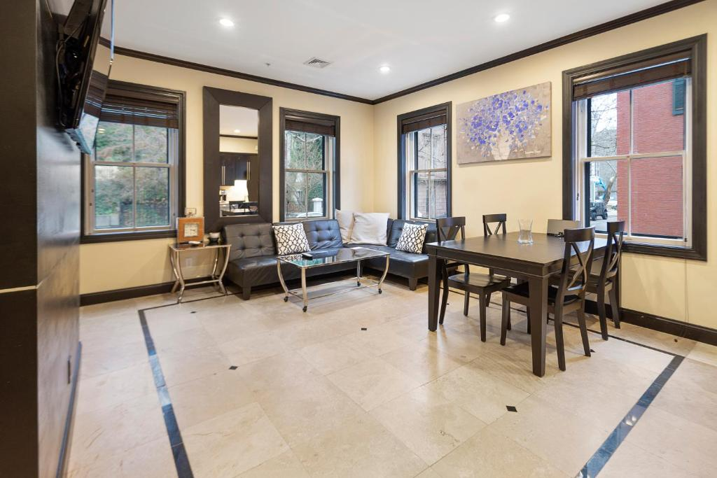 Ultra lux apartment steps from Brown and RISD