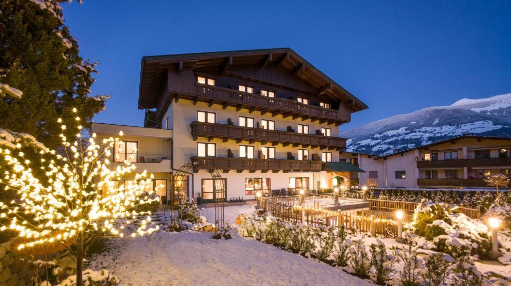 Landhaus Zillertal Fugen, Austria