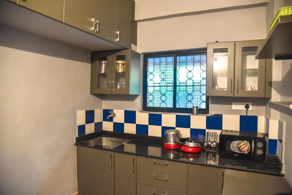 Cozy 1bhk Apartment Baga Marmagao India Booking Com