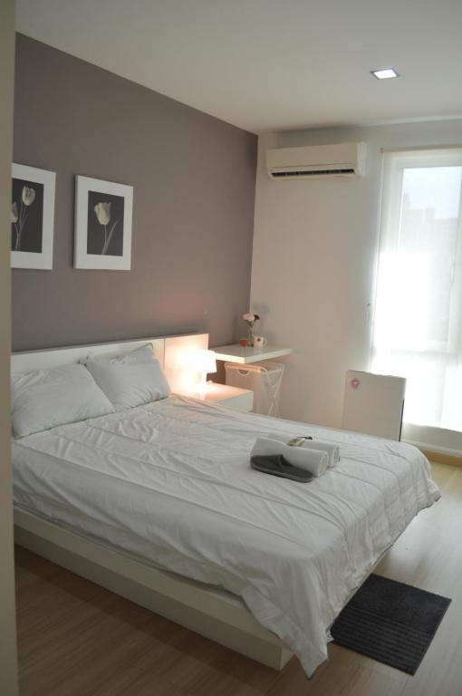 Guesthouse Medium Room For Rent Kuala Lumpur Malaysia Booking Com