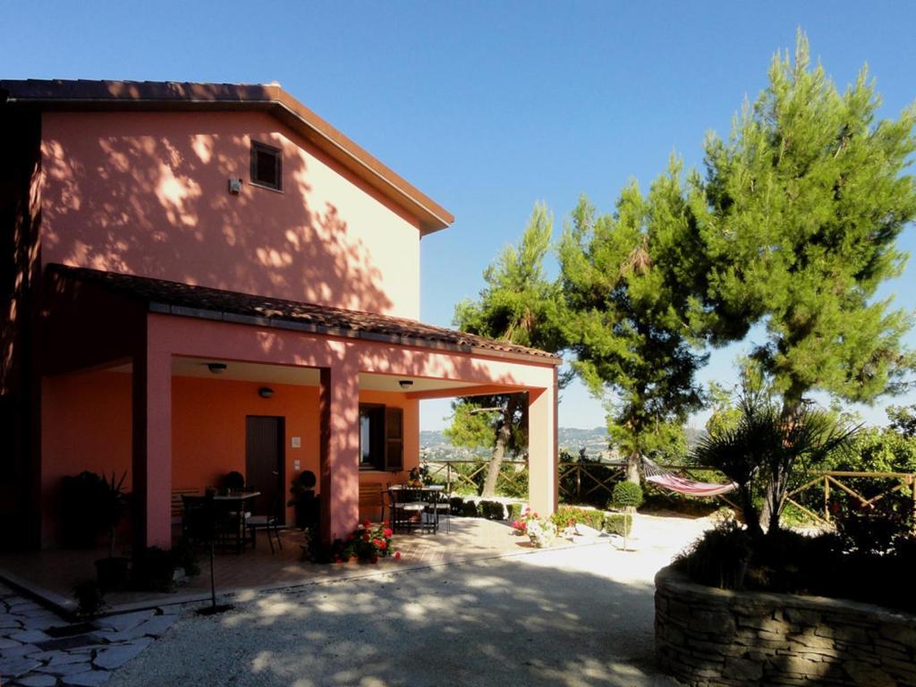 Agriturismo Casa Rosa Offida Prezzi Aggiornati Per Il 2021