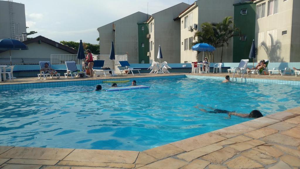 Apartamento ESPETACULAR a 50 m do Mar e com Piscinas MARAVILHOSAS