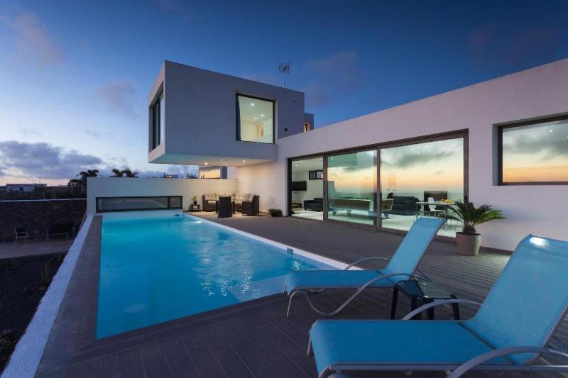 Bazén v ubytování Villa Sabila nebo v jeho okolí