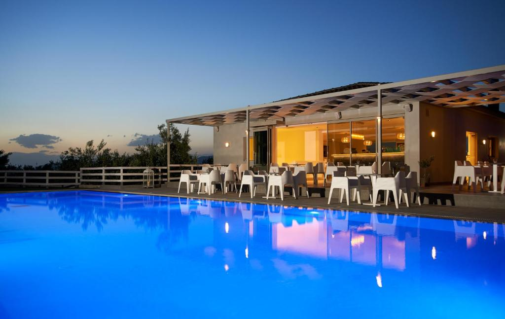 The swimming pool at or close to Altamar Hotel