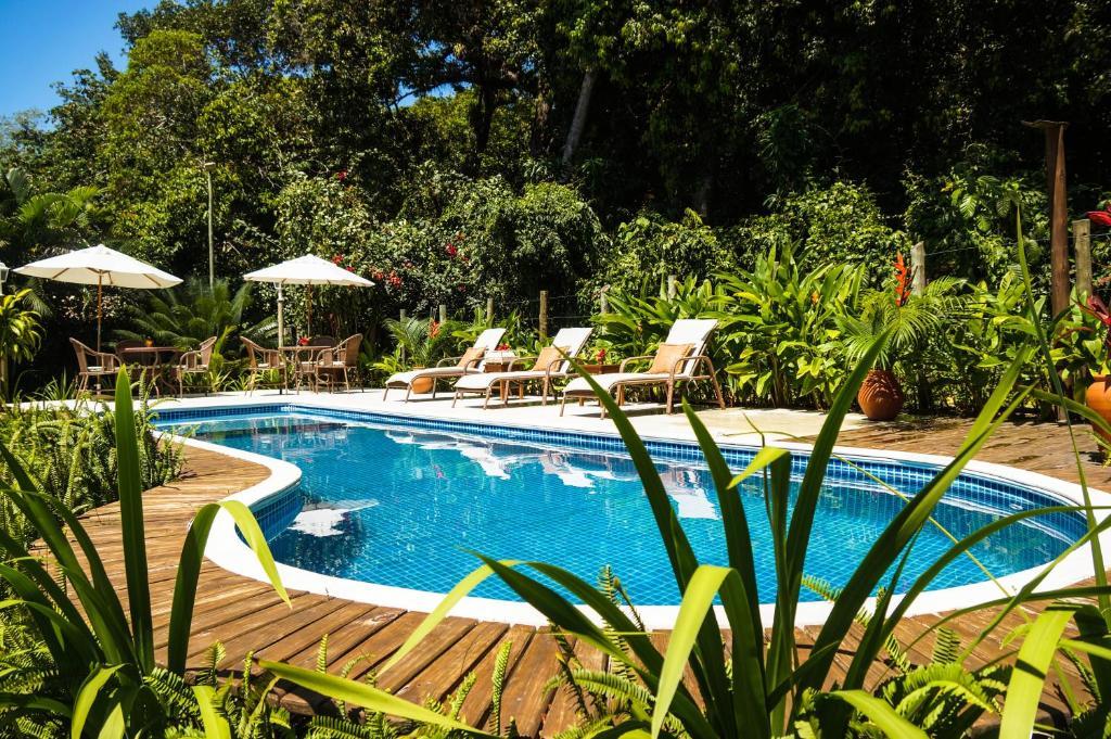 A piscina localizada em Pousada Samambaia ou nos arredores