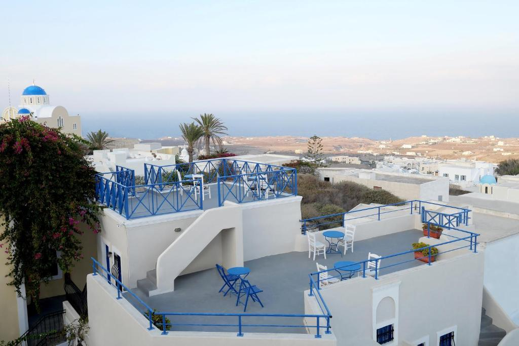 A view of the pool at Kykladonisia Traditional Settlement or nearby