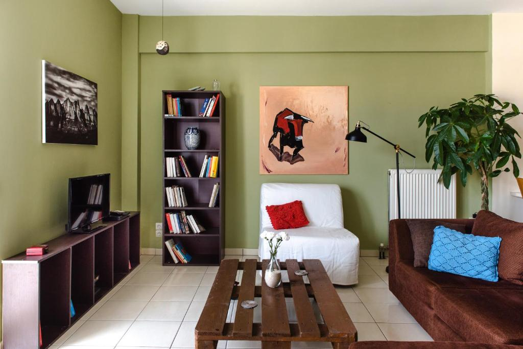 """""""The Green House"""" Modern Central Apartment"""
