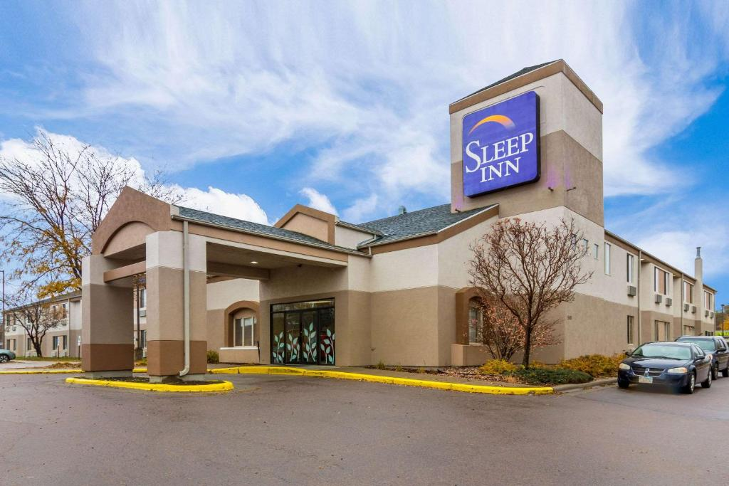 Sleep Inn Airport Sioux Falls, SD - Booking.com