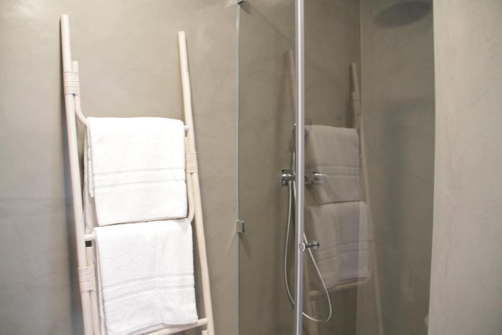 A bathroom at Vila Prata 10