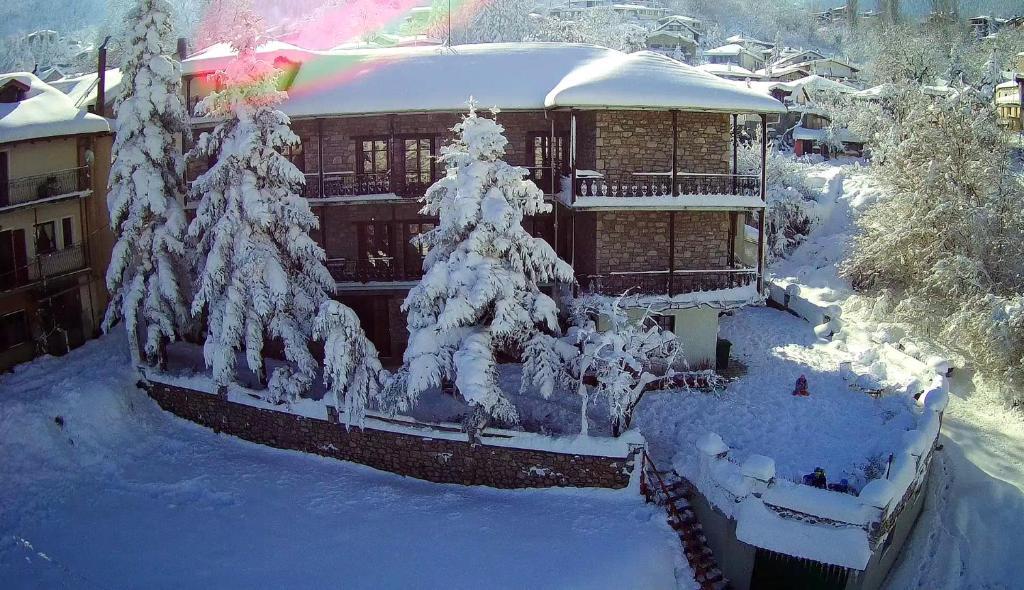 Το Guesthouse Alexandra τον χειμώνα