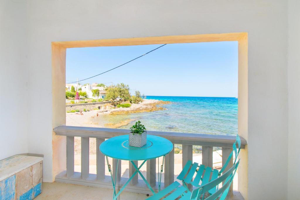 Ein Balkon oder eine Terrasse in der Unterkunft Villa FISHERHOUSE