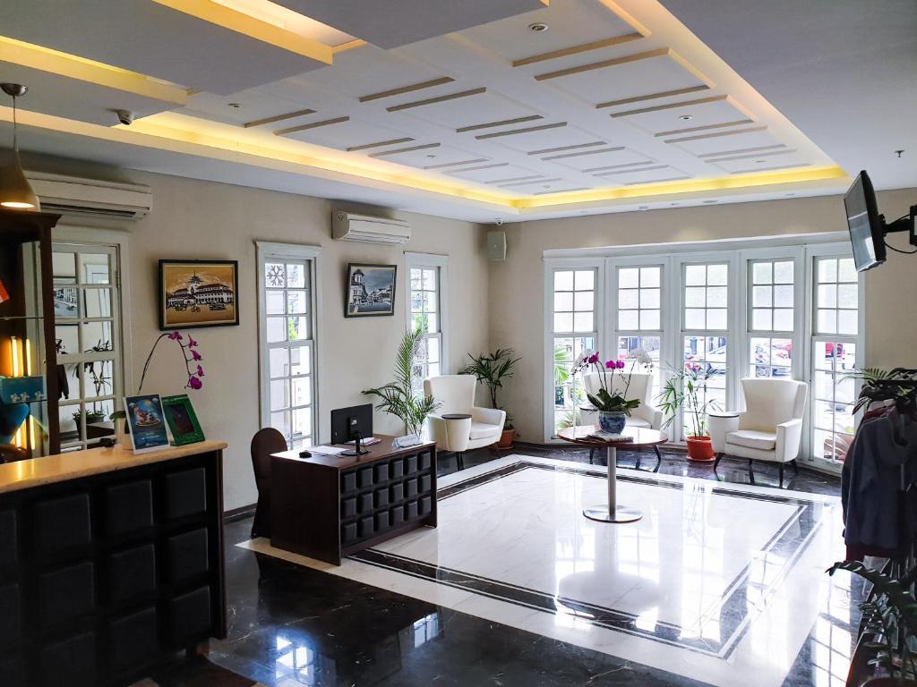 Grand Tebu Hotel, Bandung, Indonesia - Booking.com