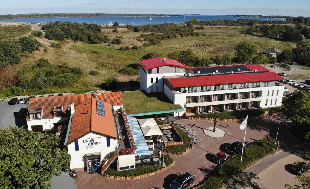 A bird's-eye view of Strandhotel Duinoord