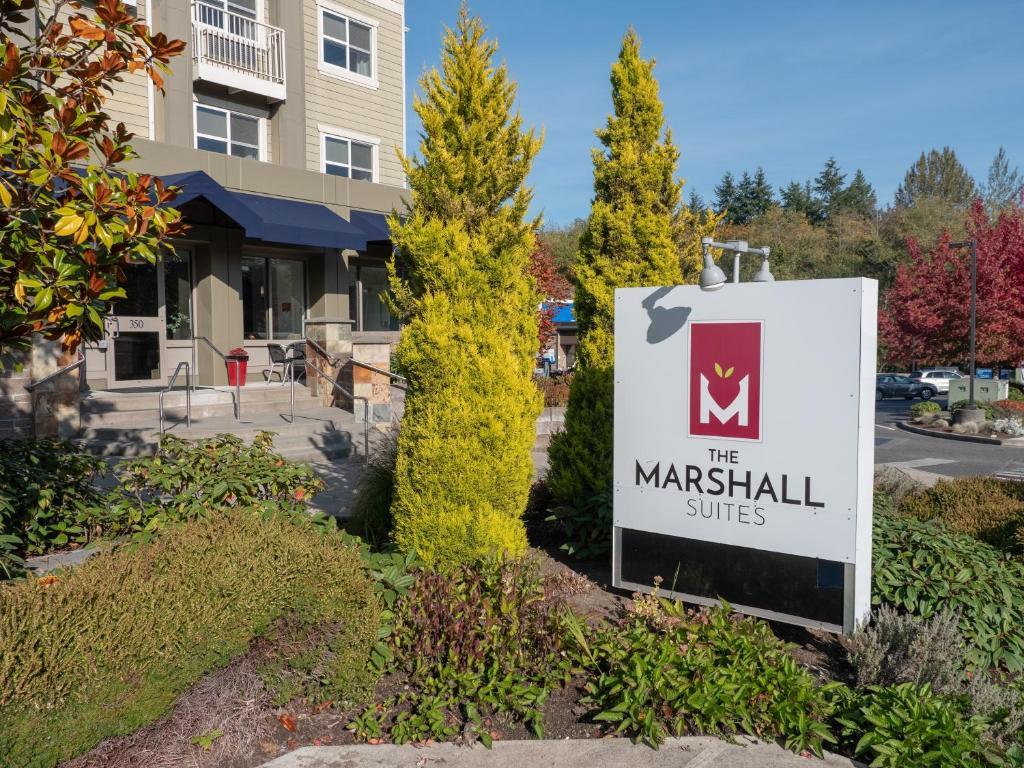 Marshall Suites