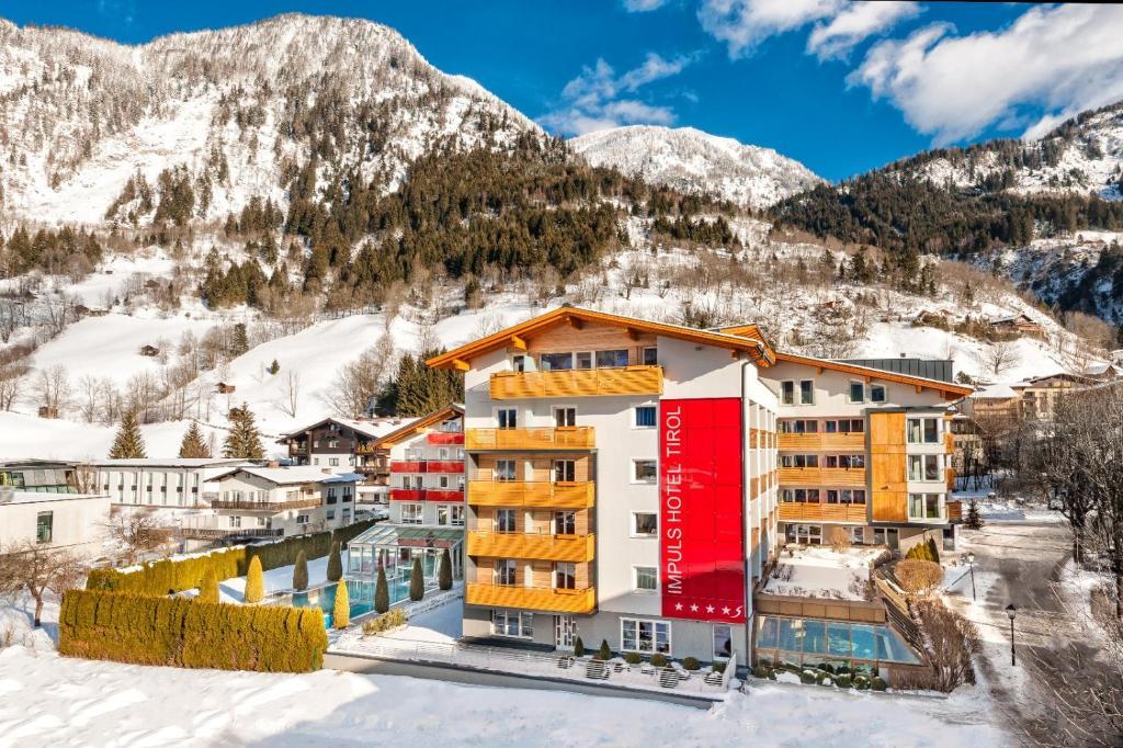 Impuls Hotel Tirol during the winter