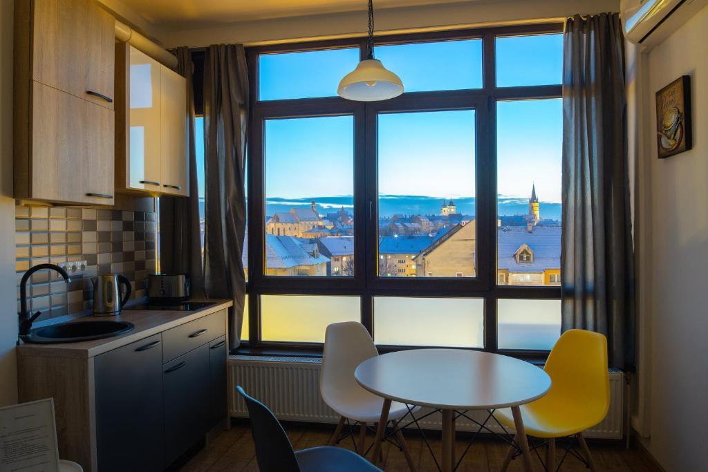 A cozinha ou cozinha compacta de Panorama studio