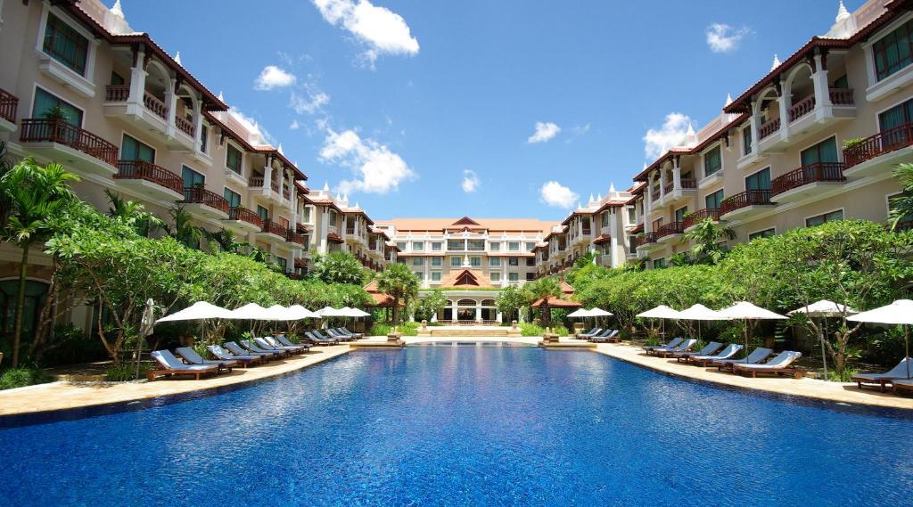 The swimming pool at or near Sokha Angkor Resort